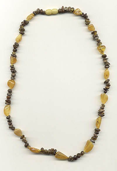 AvalonsTreasury.com: Rustic Amber Chain (Page: Rustic Amber Chain) [400 x 581 px]