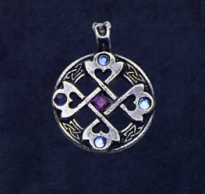 AvalonsTreasury.com: Celtic Heart-Cross (Page: Celtic Heart-Cross) [294 x 278 px]